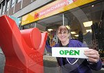 IC_charity_shop_reopens_02.jpg