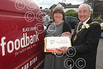 221110J Mayor Michael Evans Foodbank Howen.jpg