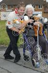 381107 Scout to push lady round zoo.jpg