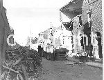 LI18675@Deal Bomb damage.jpg