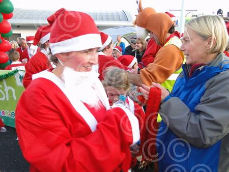 NGA BIDEFORD SANTA FUN RUN 2014 (106).JPG