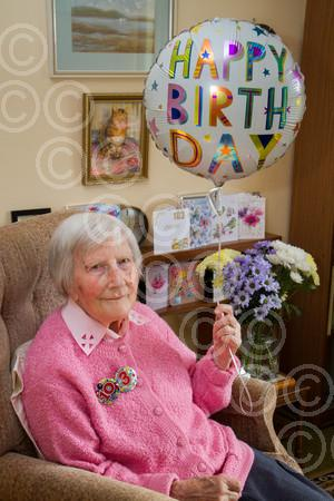 exe 07-18TI 103 year old Doris Beattie 7693.jpg