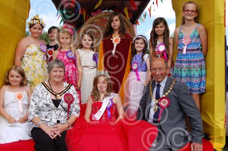 C carnival queens and mayor.JPG