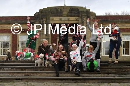 lep news dog xmas party 01.JPG