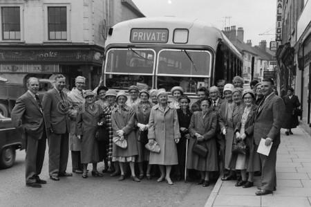 1963 Mansfield Outing on Westgate.jpg
