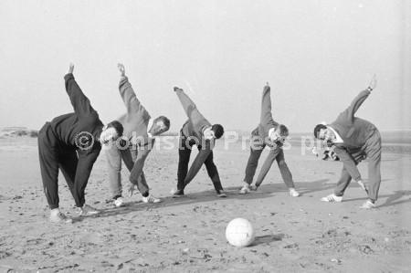 1967 Stags Training at Skegness 2.jpg