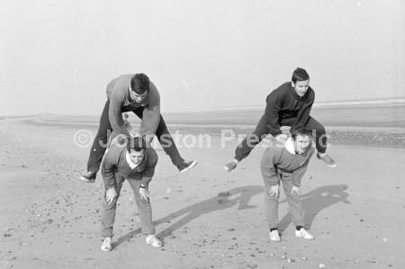 1967 Stags Training at Skegness.jpg