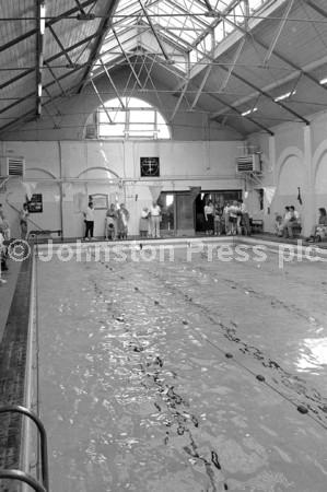 1990 Mansfield Swimming Baths Closure Party 2.jpg