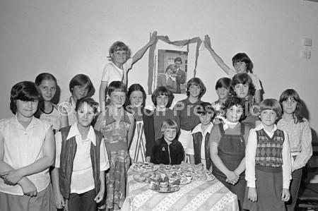 1981 Sutton Guides Royal Wedding Party.jpg