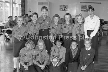 1990 1st Mansfield Guides Rounders Team.jpg