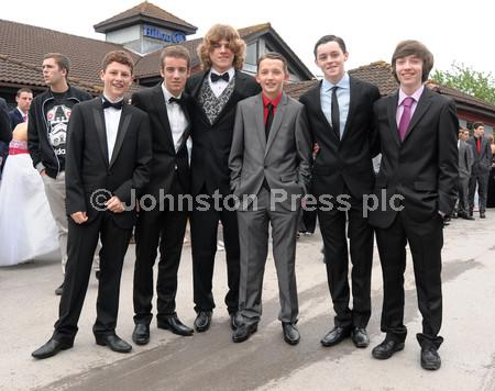 121142-14_my_mayfield_prom.JPG