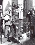 E15064P Maggie Thatcher and Ian Gow outside Downing Str