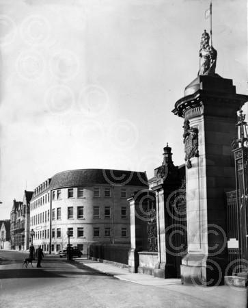 Brewery Office at the Gates of Holyrood, 1963.jpg