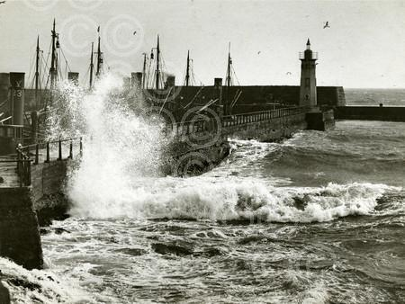 3. March -  1931-03-19 Waves hitting Anstruther pier (C