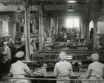 11. Packing chocolate at Keillers in 1950.jpg