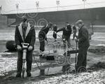 Cathkin H272 1963-02-06 Clearing ice from Cathkin Park