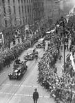 1. Thousands press forward to see Winston Churchill as