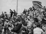 C4018 1983-04-00 Happy Dundee United fans (C)DCT.jpg