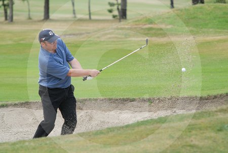 IC_courier_golf_day3_09_01.jpg
