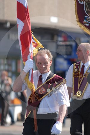 IC_apprentice_boys_of_derry_march_09.jpg