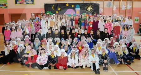 Cradlehall Primary Nativity 01.JPG