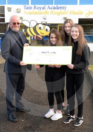 Mikeys Line Tain pupils cheque 04.JPG