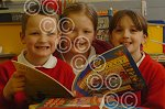 071105L New books Temple Meadow Sch Old Hill.jpg