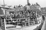 M3853 - Sextons' boat trip to gym 1966 01.jpg