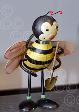 JohnMellisBees015.jpg